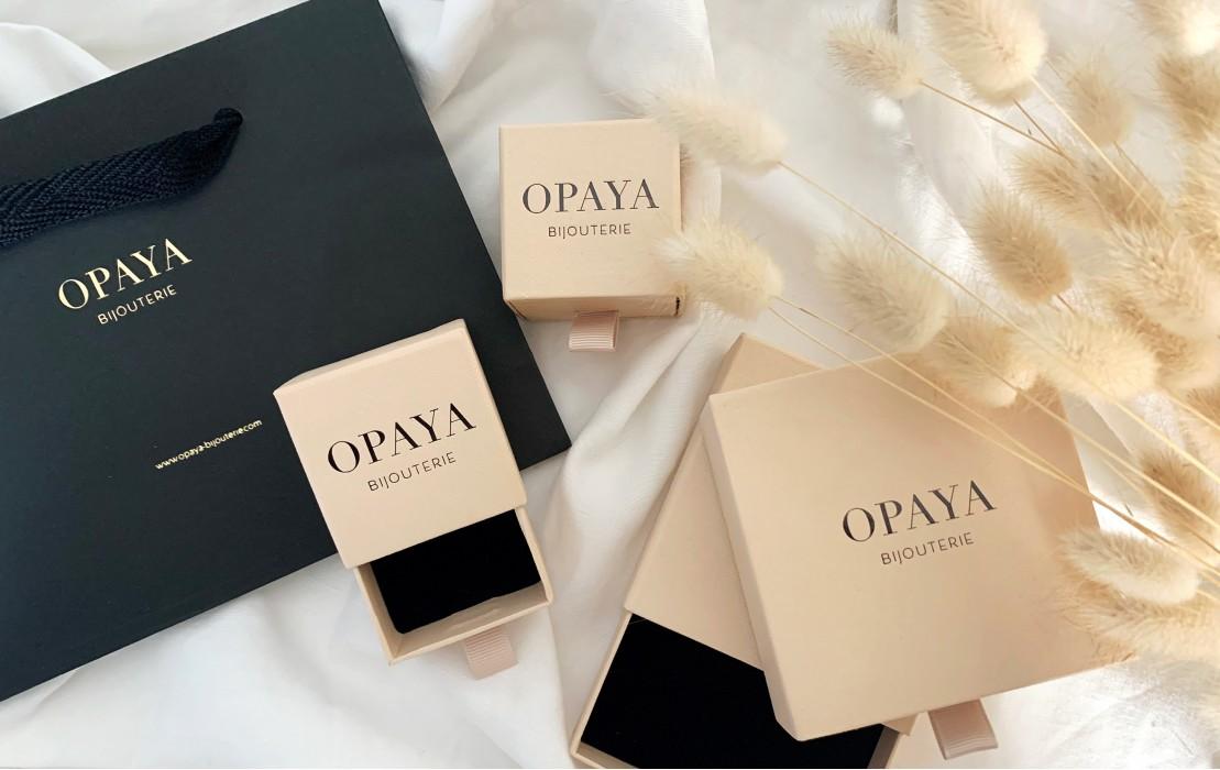 Chez OPAYA nous préparons chacune de vos commandes avec amour